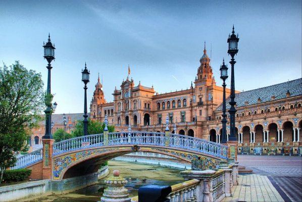 Chuyển hàng đi Tây Ban Nha