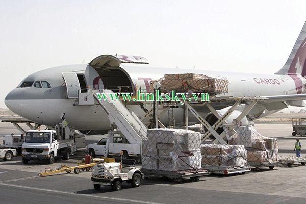 Phân biệt giữa chuyển hàng Air express và Air cargo