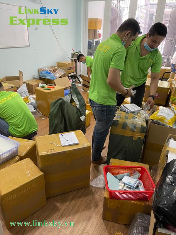 Gửi hàng đi Mỹ ở quận Tân Bình